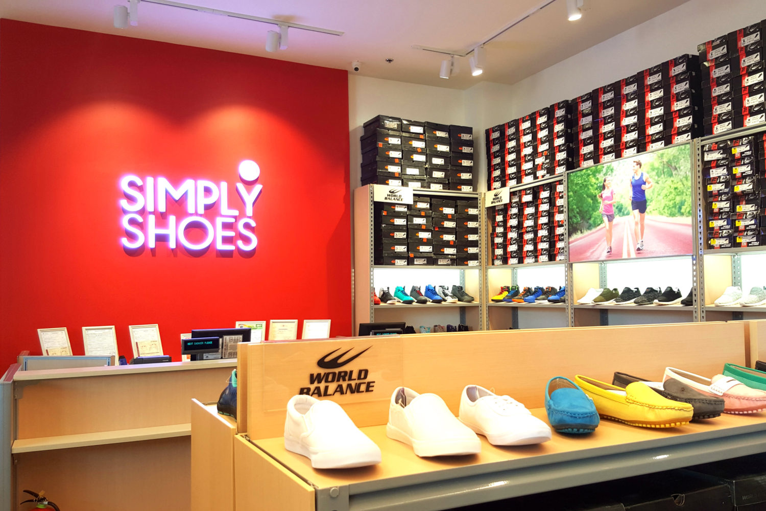 Shoe Stores of Simply Shoes - P500 Can