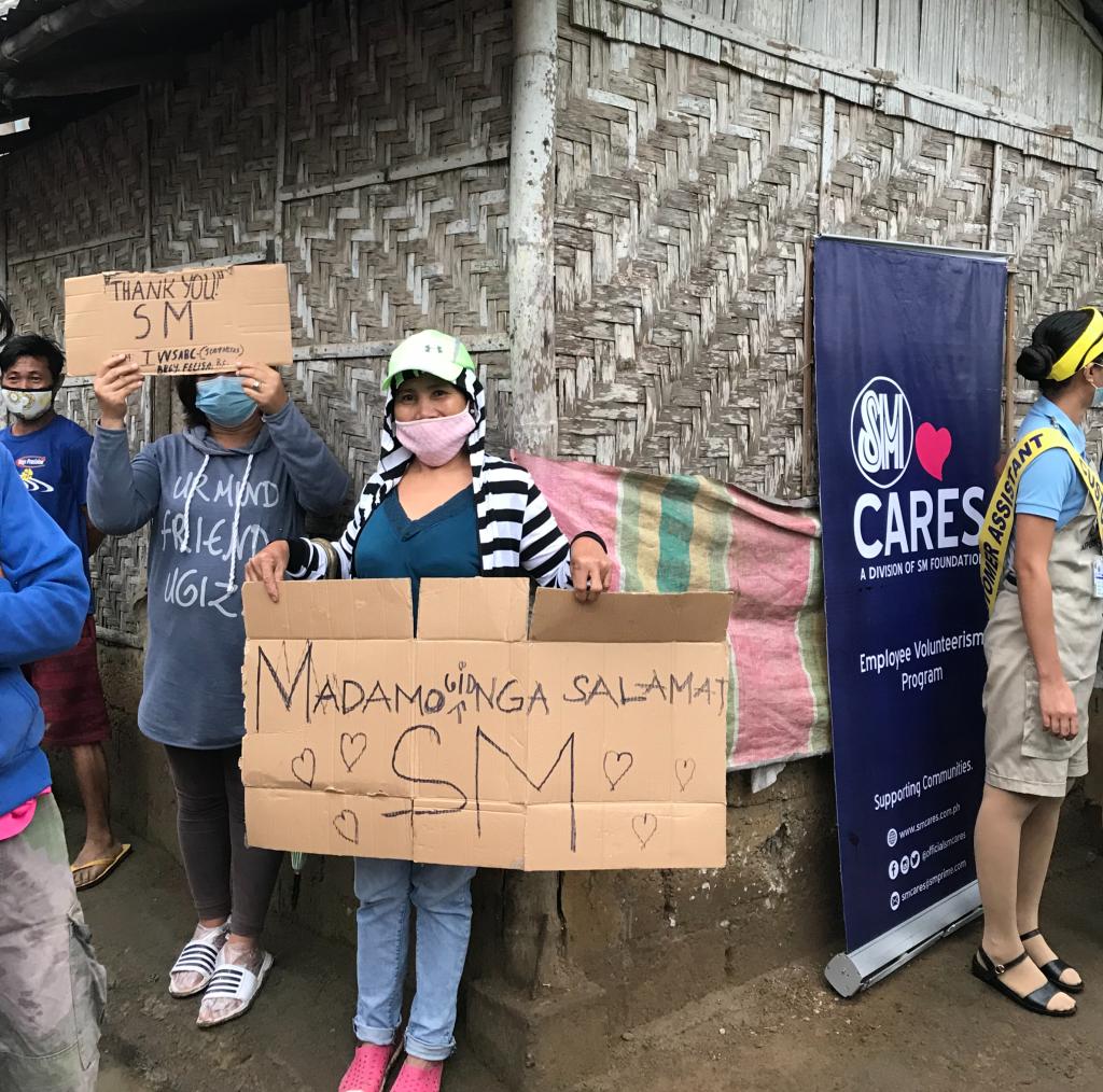 SM Group Spreads Christmas Cheer through Kalinga Donation Drive